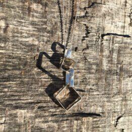 Chilli Designs Interlocking Squares Pendant 1