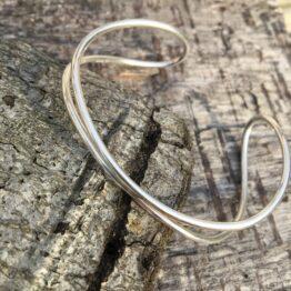 Chilli Designs Curve Silver Bangle