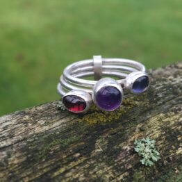 Chilli Designs Three stones ring