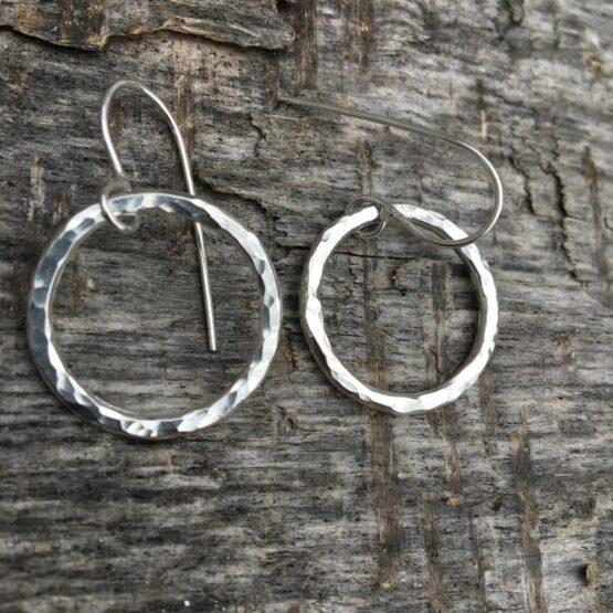 Chilli Designs circle hammered drop earrings medium